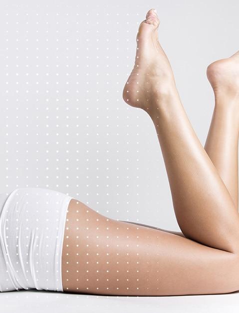 Glatte und straffe Haut an den Beinen