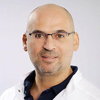 Georgios Gaitanis - Clinique DELC